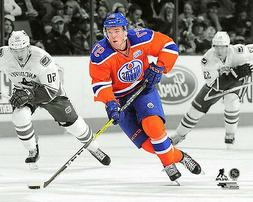 Connor McDavid SPOTLIGHT ACTION Edmonton Oilers NHL Hockey P